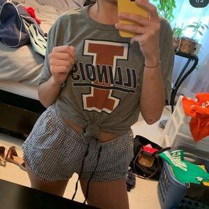 University of Illinois tee shirt